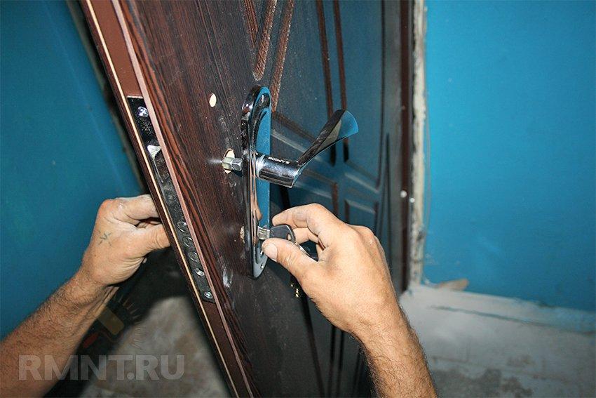 Устанавливаем входную дверь своими руками 798