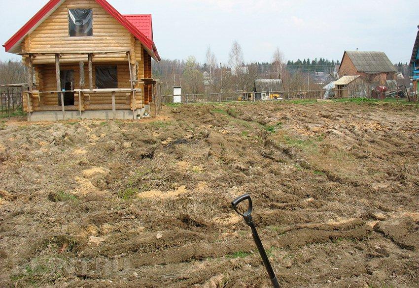 Выровнять земельный участок своими руками на даче
