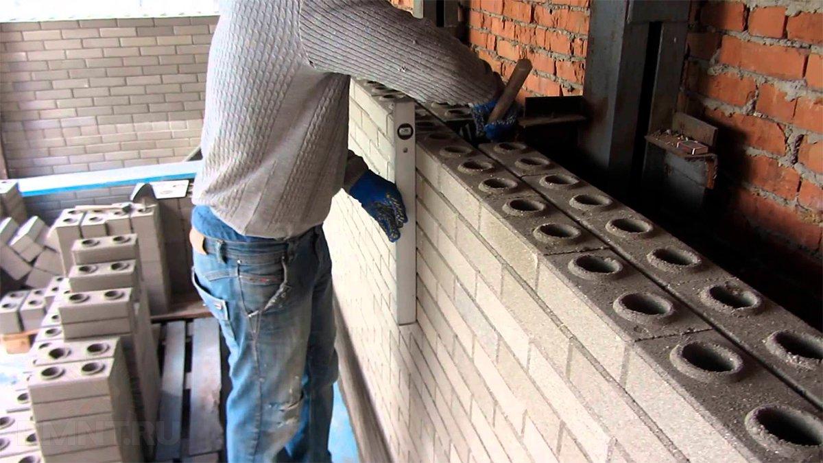 Кирпич-лего — новинка строительного рынка