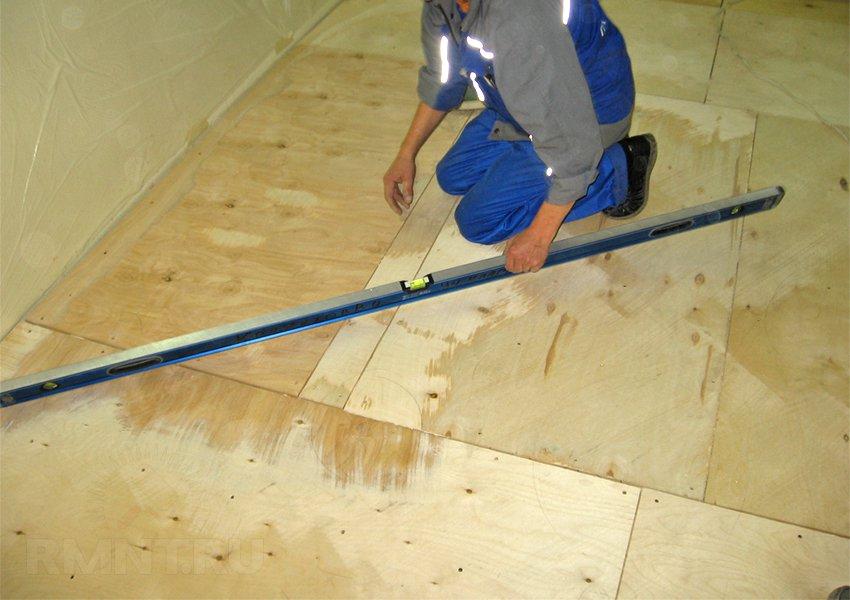 Настилка ламината на деревянный пол 39