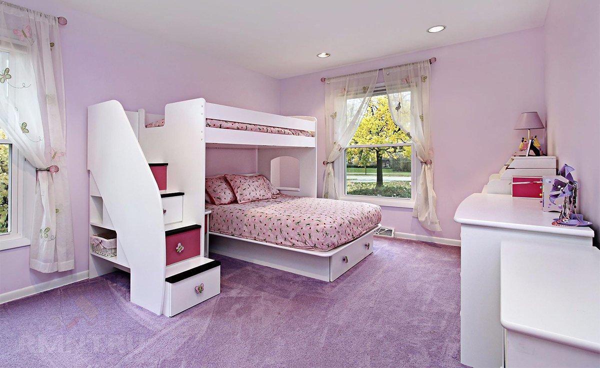 Удачное решение для, как многие выражаются, детской — двуэтажная кровать