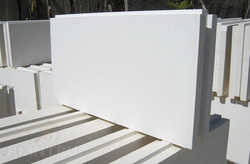 Строительство межкомнатных перегородок из пазогребневых гипсоблоков