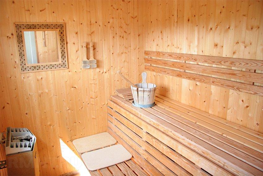 Устройство полка в бане - как сделать угловой полок в бане своими руками из доски