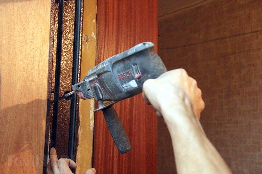 kak-ustanovit-metallicheskuyu-dver-video