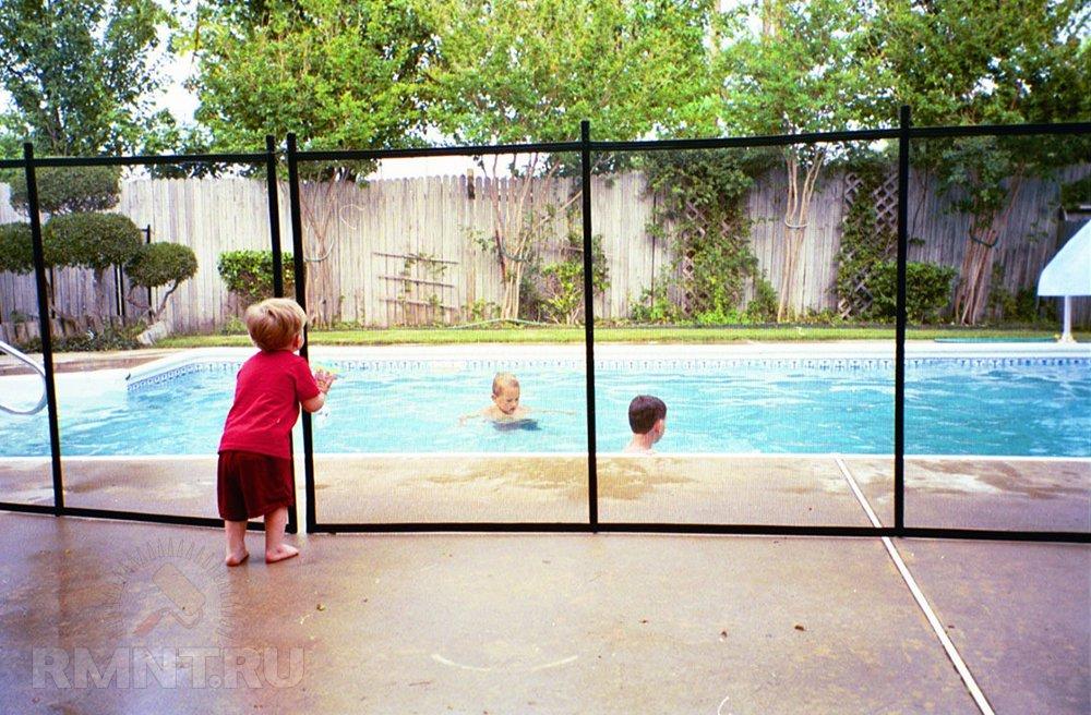 Бассейн на участке и безопасность детей
