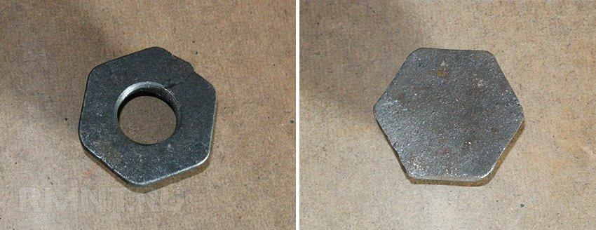 Заглушка и футорка для чугунного радиатора