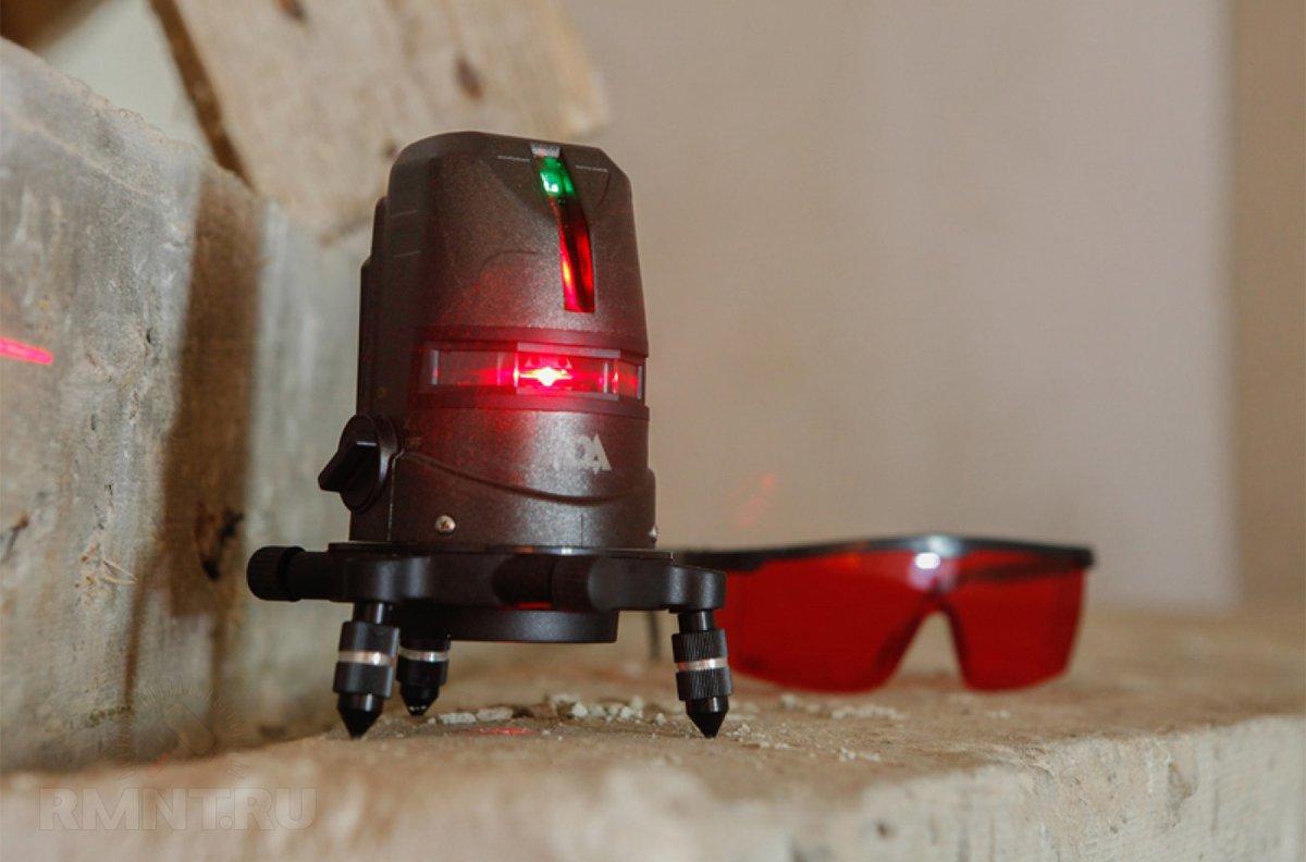 Лазерный построитель плоскостей