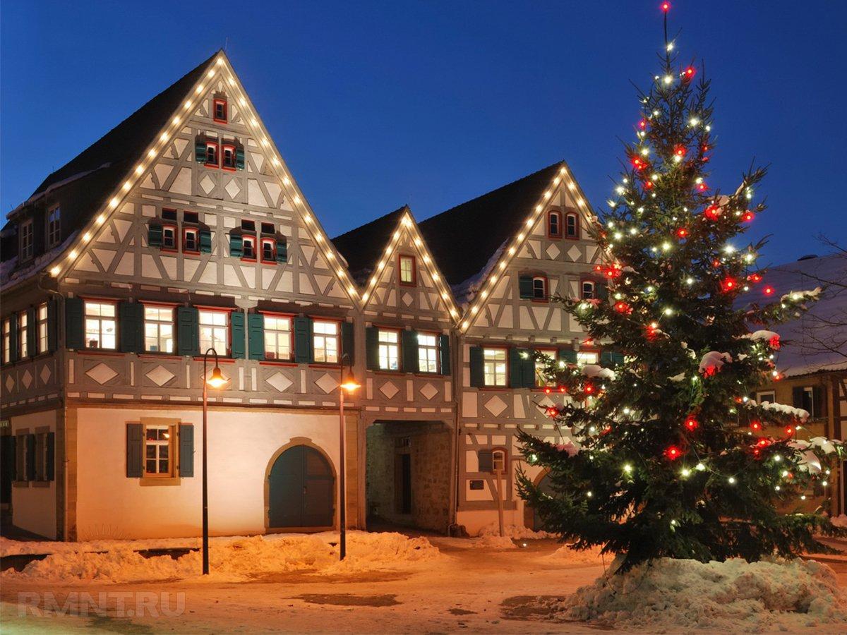 Новогоднее украшение фасадов — праздничная иллюминация