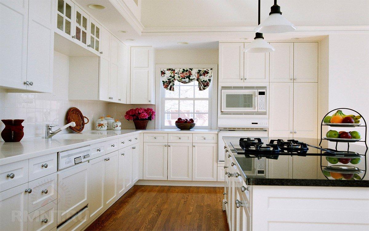 Ремонт кухни белого цвета