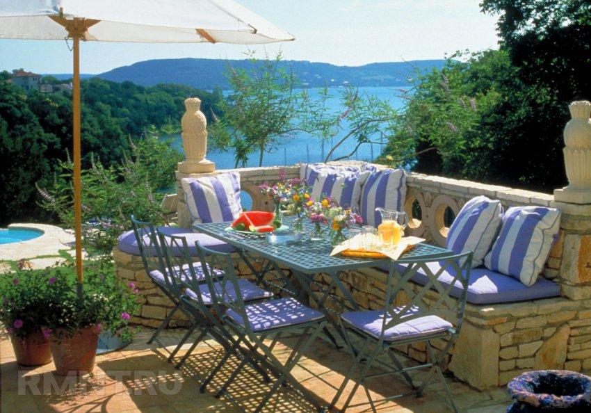 Средиземноморский стиль: ландшафт в единстве с небом и морем