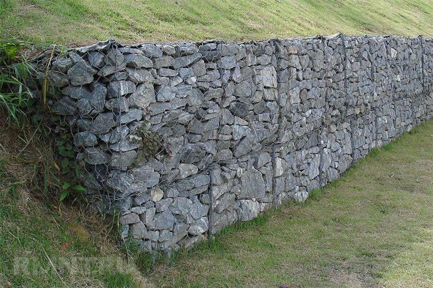 Подпорная стена из бетонных колец