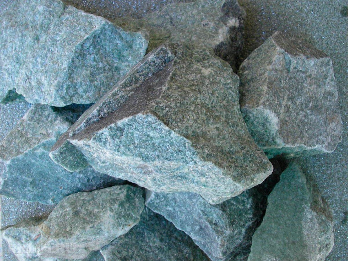 Облицовка камина камнем своими руками