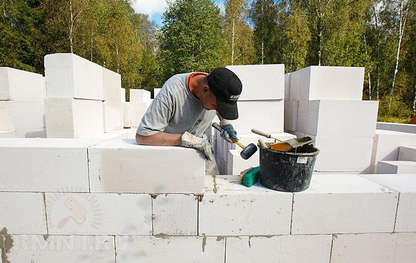 как положить газосиликатные блоки