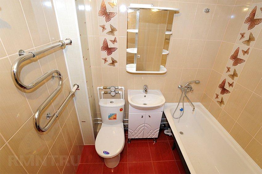 Скрытая камера в воздуховоде ванной комнаты