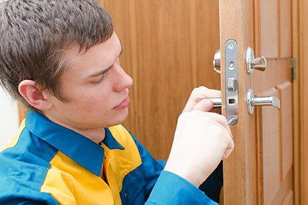 Как сделать входную металлическую дверь своими руками